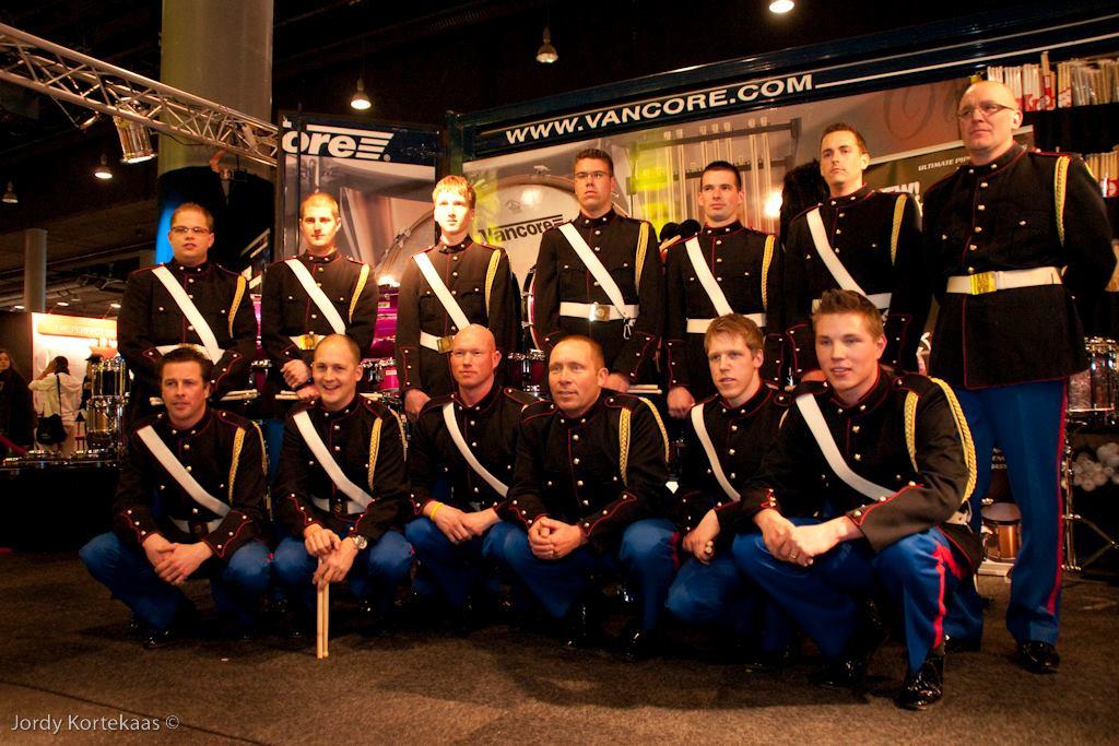 De tamboers en slagwerkers van de S&MB tijdens de Frankfurter Musik Messe (D)