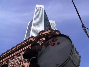 S&MB tussen de wolkenkrabbers in Frankfurt (D)