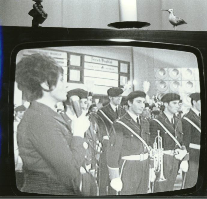 K&G op tv samen met Mies Bouwman tijdens één van de acht