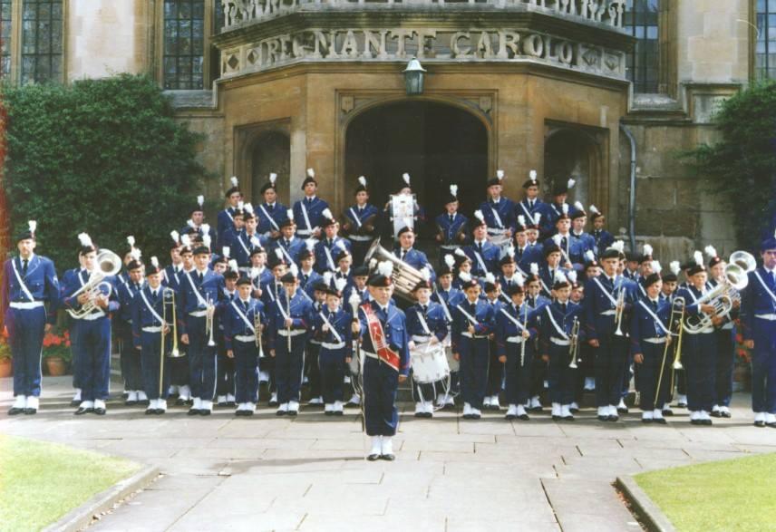 Jong K&G tijdens een fotosessie in de Engelse universiteitsstad Oxford