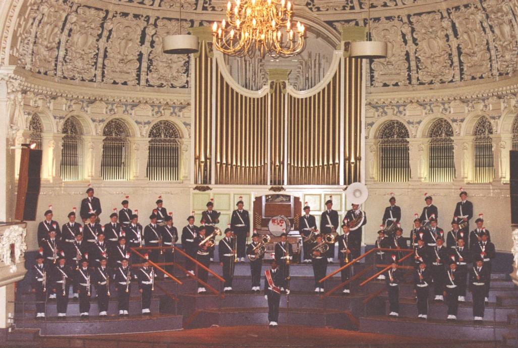 Jong K&G speelt in de Town Hall Oxford, Engeland